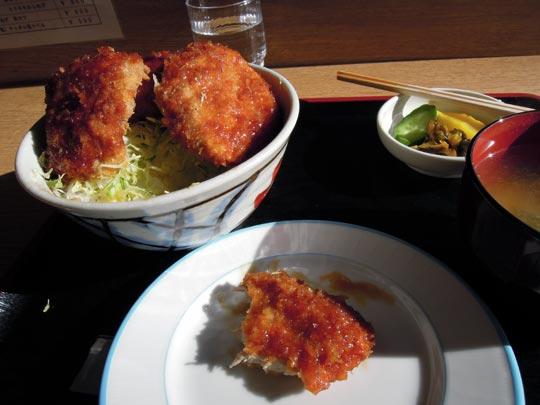 1202浅井精肉店ソースカツ丼2.jpg